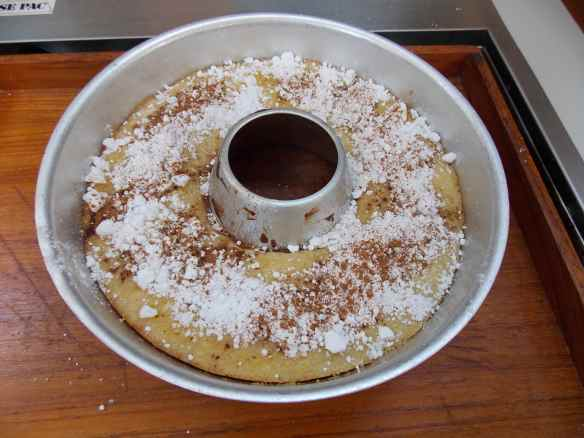 Cinnamon supper cake.