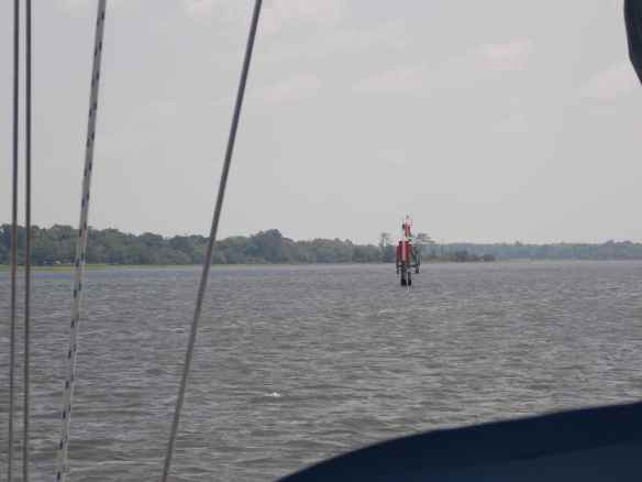 Range markers on ICW.