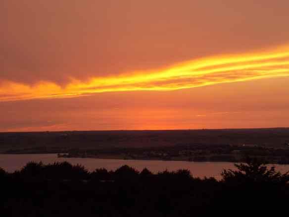 Sunset over the Missouri river.